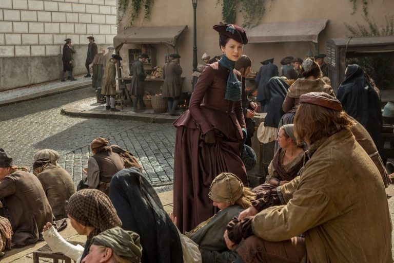 Caitriona-Balfe-as-Claire-Randall-Fraser-Episode-203-1024x683-1-768x512